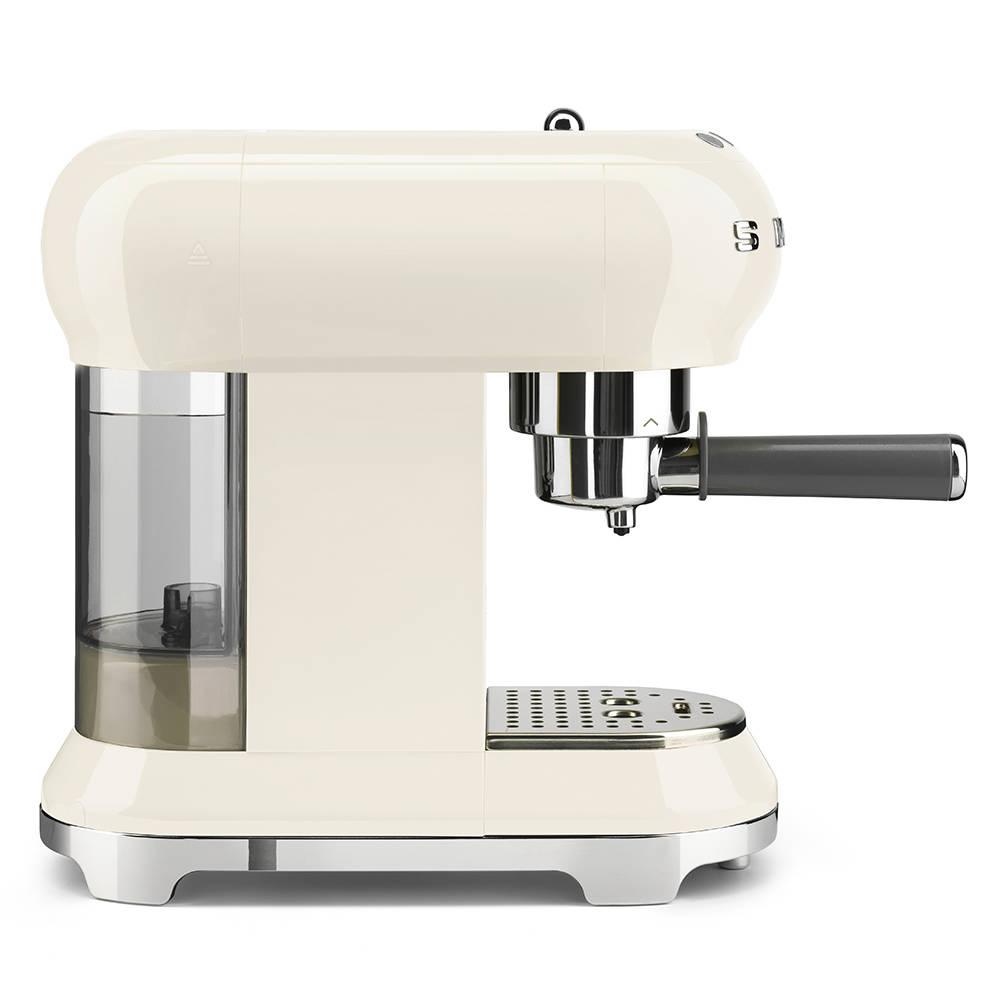 Smeg ECF01CRUK Espresso Coffee Machine 50's Retro Style