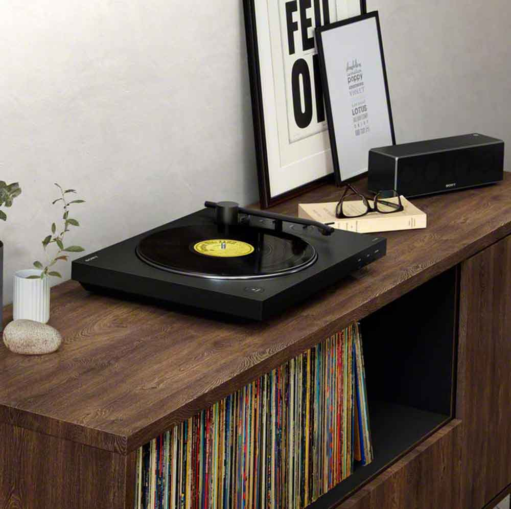 Sony PSLX310BT Turntable with Bluetooth Speaker Output