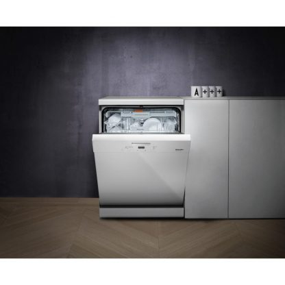 Miele G4932SC-WH Dishwasher with 14 Place Settings and 3D Cutlery Tray